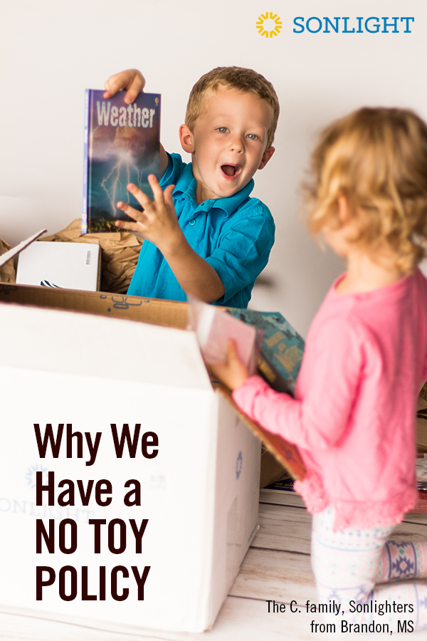 Why We Have a No Toy Policy • gift giving for kids • parenting