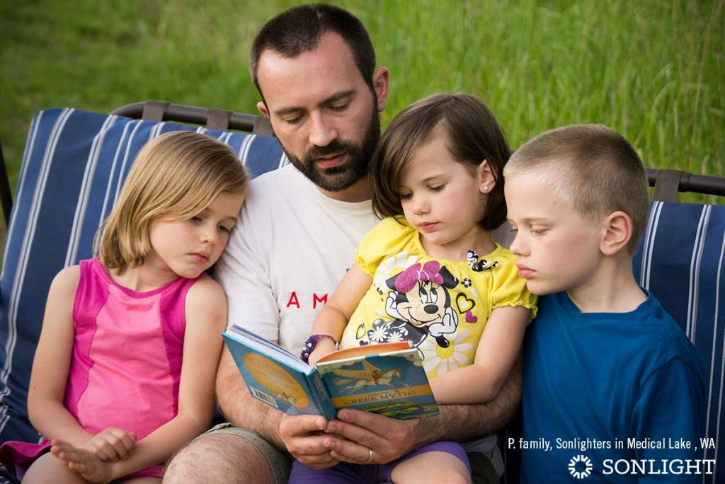 4 Ways to Get Dad Involved in the Homeschool Day
