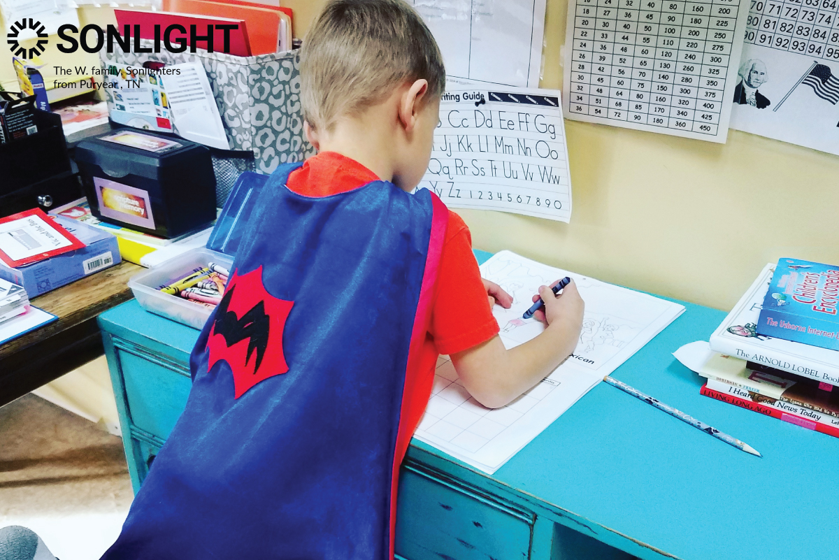 Ingenious Ways to Keep Younger Children Busy While Homeschooling